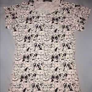 Graphic cat and dog t-shirt